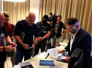 [VIDEO]Ukrywający się w Bratysławie Robert Z. wyłudził 2 mln Euro od polskiego biznesmena. Rutkowski, który przed laty, narażając życie, doprowadził do rozbicia słowackiej mafii i ujęcia jej bossa Mikulasza C. ps. MIKI - zabójcy 30 osób - obecnie ostrzega